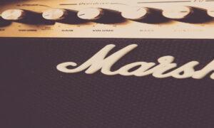 音楽リハーサルスタジオ定番のマーシャル(Marshall JCM2000)はすごい!歪み・真空管・スペック